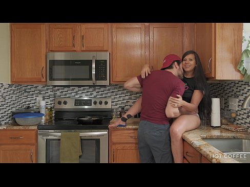 FUCKING AND COOKING! Thick Latina wife gets fucked while the husband cooks