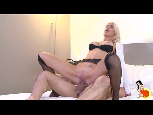Beautiful Mandy Slim takes a visit and fucking a good one