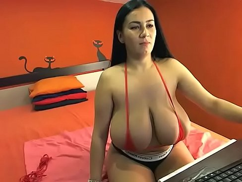 Hot webcam chick with huge boobs