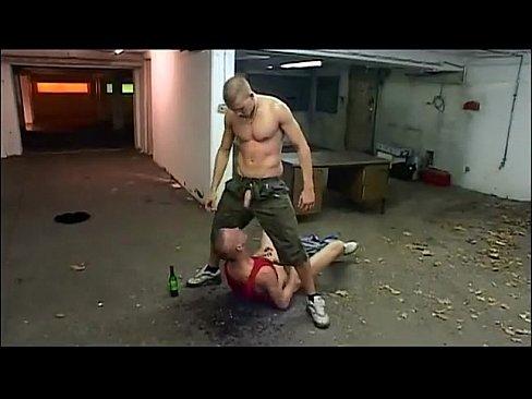 Humilhação e putaria hardcore-23 min