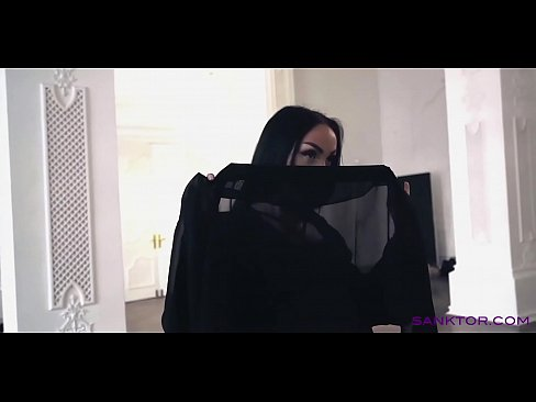 SANKTOR 042 - ARABIAN GIRL DANCING STRIPTEASE