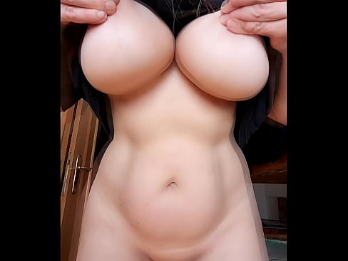 Britney Swallows' Ultimate HEAVY TITS DROP. Amateur Big Boobs Reveal! Real Homemade Selfie Flashing Video from OF Chicktrainer