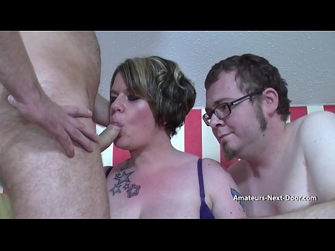 Bi guys fuck a chubby wife together