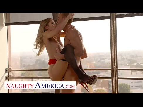Naughty America - Khloe Kapri fucks her Co-worker to get out of work