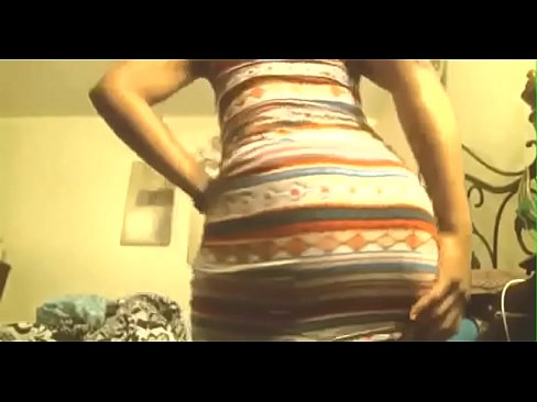 Up Skirt Pukunya Tight Show Off