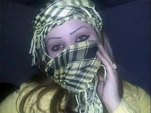Banat algeriane ljami3a arab sexy join told