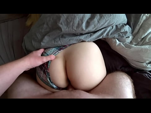 The Step Sister asked her Step Brother to wake her in the morning with a fuck