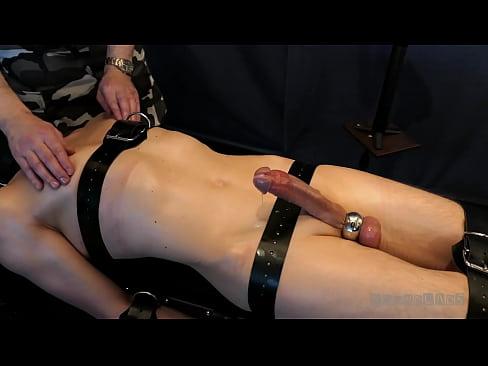 Boundlads - Milking a Senstitive Slave