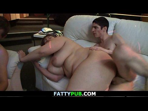 Plumper mama sex