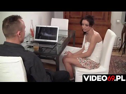Polskie porno - Licealistka chce się nauczyć grać na flecie