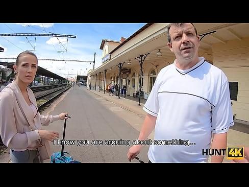 HUNT4K. Cuckold should watch how rich man fucks his girlfriend