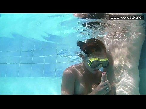 Hardcore blowjob underwater Minnie Manga
