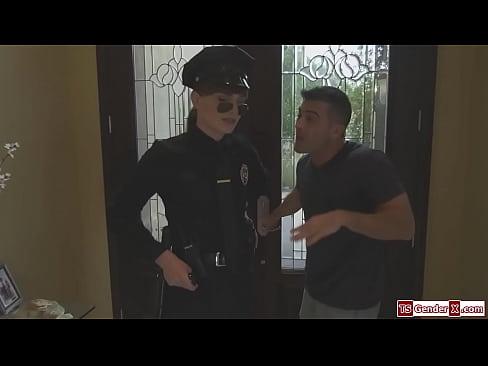 Trans police Natalie Mars is barebacked