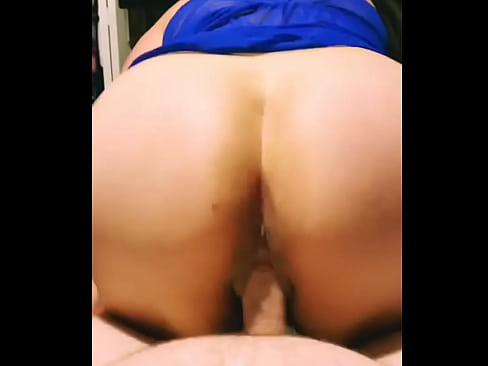 Huge facial for sexy latina with a big ass