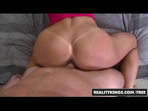 RealityKings - Milf Hunter - (Crystal Levi, Cash) - What A Looker