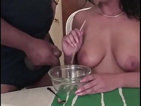 Michele Raven Dans Perverted Stories 31 Scène 2 Elle Mange