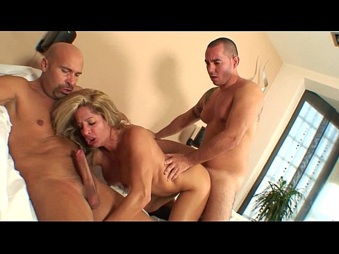 Threesome with hot portuguese girl and her cuckold boyfriend