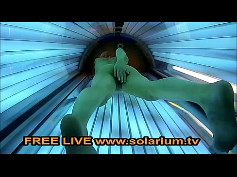 Solarium Blonde teen fingers herself in the Public Voyeur www.solarium.tv