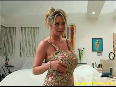 Honey milf seduces delivery man think, that