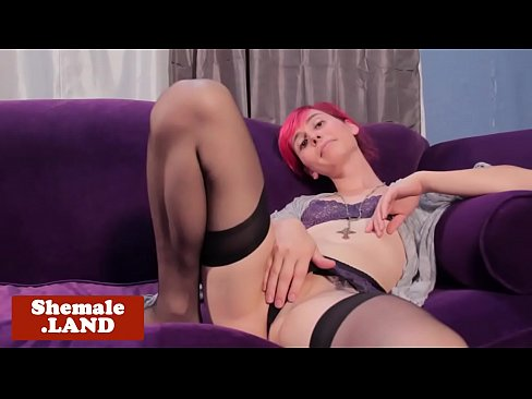 Alt smalltitted tgirl pulling her cock solo