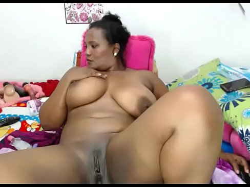 Thick Ebony Playing Pussy