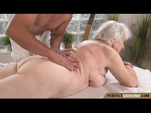 Massage Granny