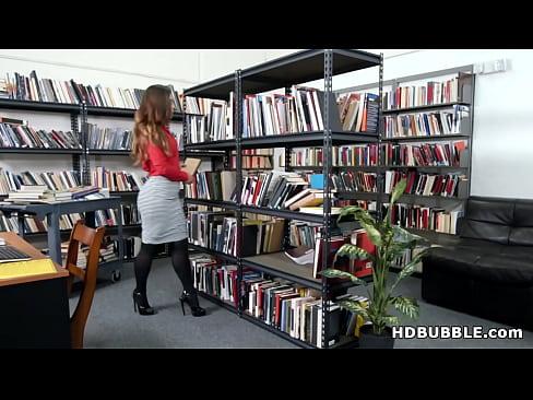 cover video Big Ass Librari  An Kelsi Monroe Got Assfucked e Got Assfucked   Got Assfucked Af