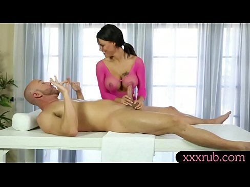 Huge boobs masseuse gets pounded by her pervert client