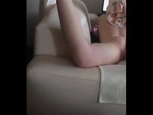 Wife periscope
