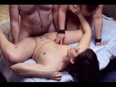 bi-sexual netvideogirls