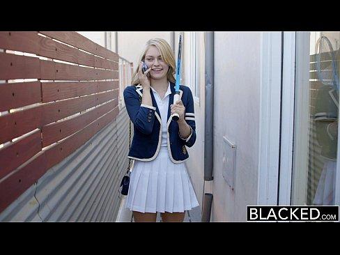 xvideos mladá černá kočička