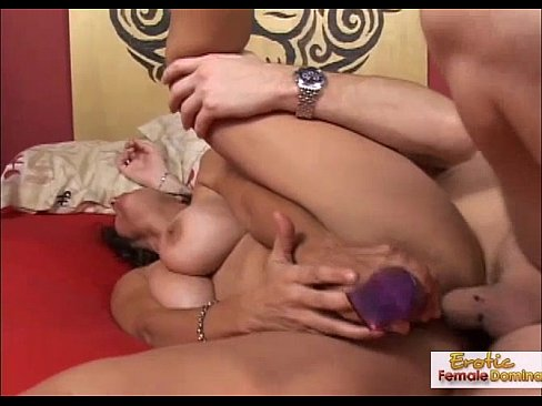 Anal mommy got her holes stuffed