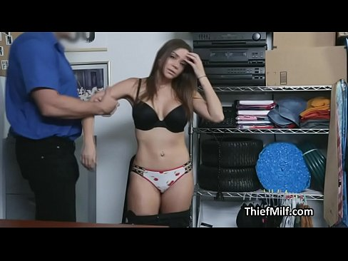 Sporty Latina wife thief rides officers dick