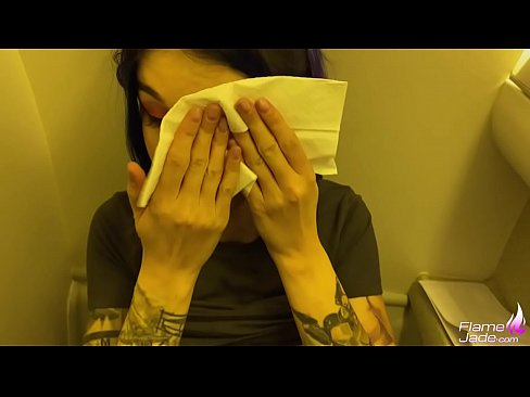 Nice Facial In The Airplane S Public Toilet Wow Xvideos Com
