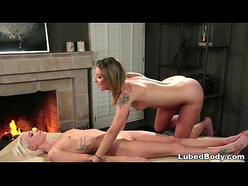 Lesbian tantric sex workshops