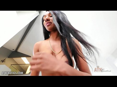 Alexis Avery wants your cock in her juicy pussy