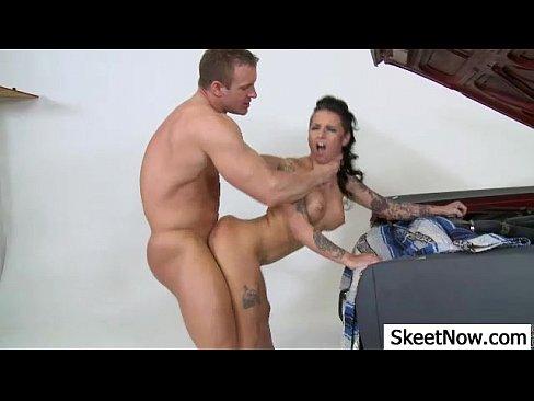 naked mature bbw