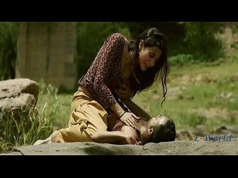 download segera bokep Bollywood Movies Boobs Press Scene full hd