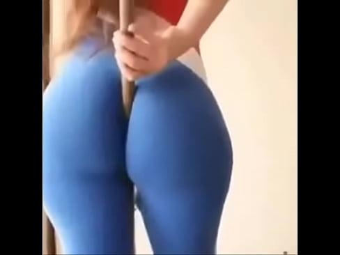 Big Ass Twerking Leggings