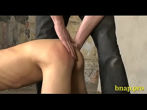 Uncomplaining gay in a fetish scene