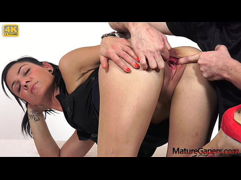 Pussy Gaping and anal pounding of hot MILF with perfect body