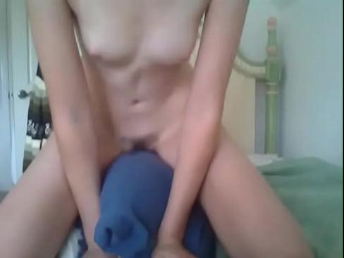 Hot Girls Pillow Humping