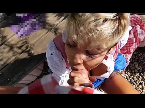 Oktoberfest Wiesn Fick in der Öffentlichkeit