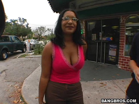 BANGBROS - Hot Babe Fucked On The Bang Bus - XVIDEOS.COM