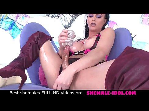 Sexy tranny girl Domino Presley play dirty and masturbate