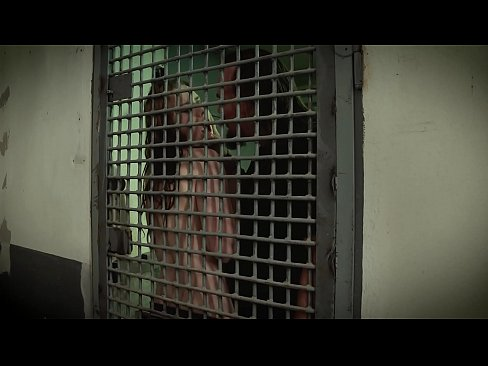 Folter eines jungen Teenie Mädchens