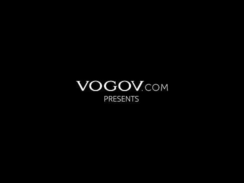 VOGOV Eliza Ibarra stretches three holes for sex