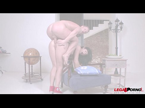 Jessica Lincoln takes a HUGE dick in her ass like never before.