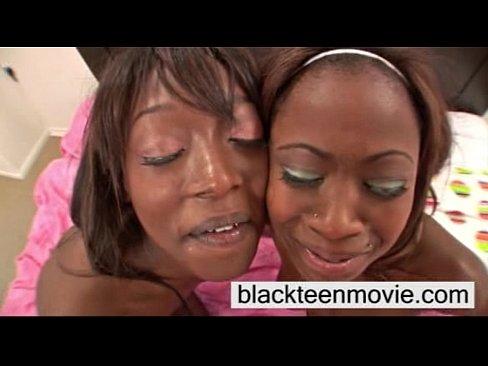 Ebony Kitten Lesbian Threesome