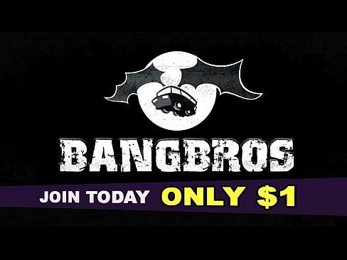BANGBROS - Curvy Latin Camgirl Spicy J Plays With Her Wet Pussy 4 U